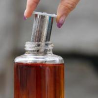 Teesiebeinsatz zur Trinkwasserflasche